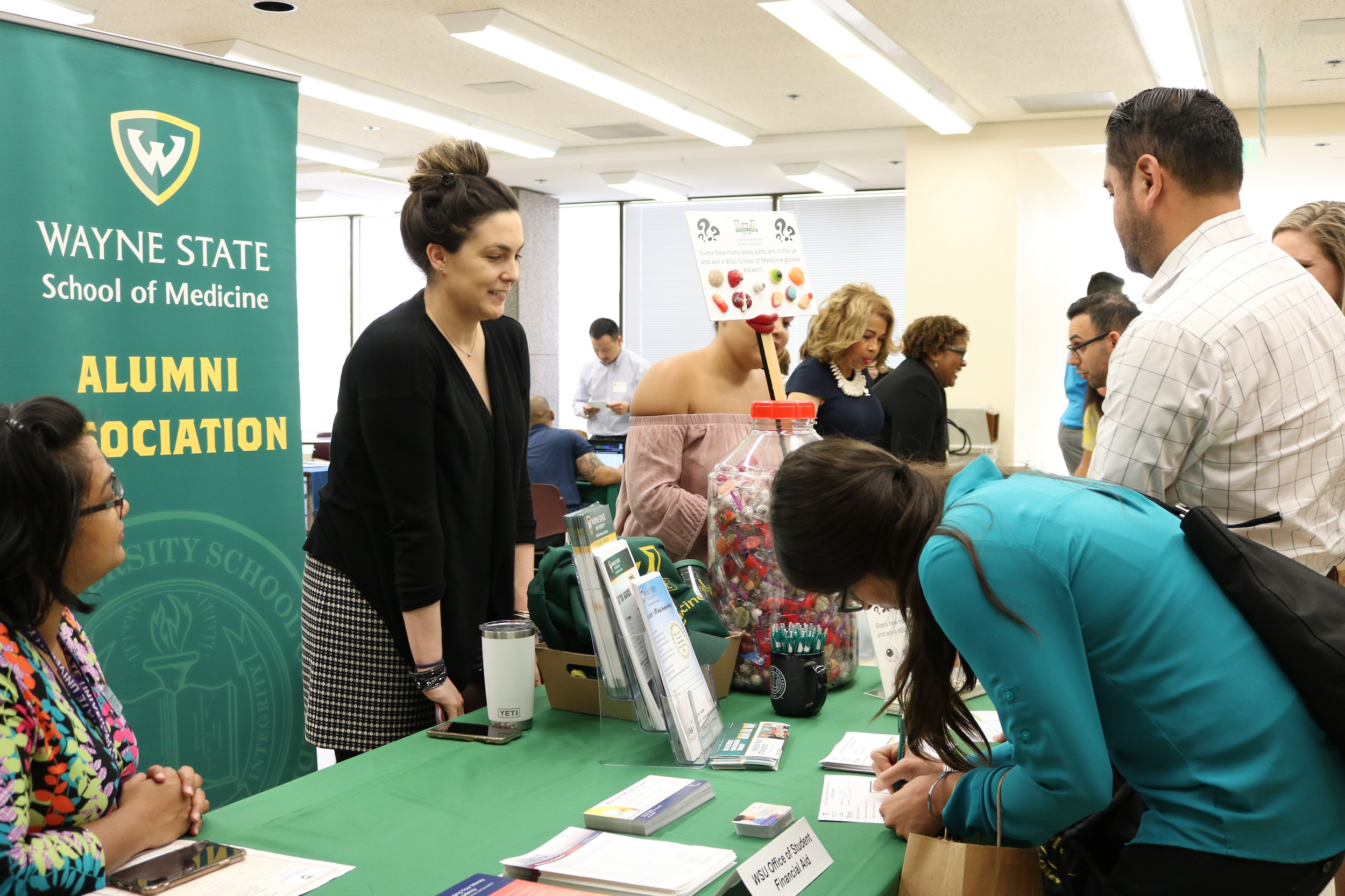 Wayne State welcomes 44 new medical residents to GME